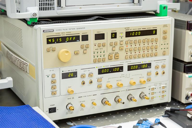 10GHzパルスパターンジェネレータ