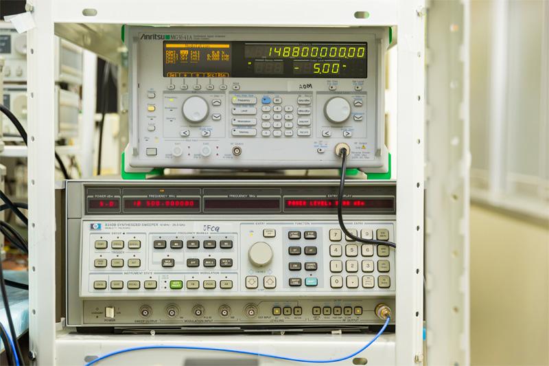 GHz信号源各種