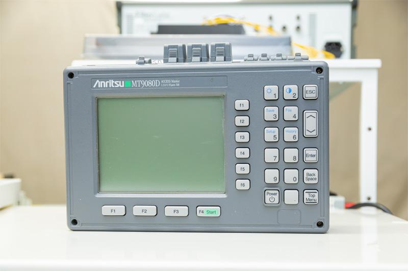 光パルス試験機(OTDR)